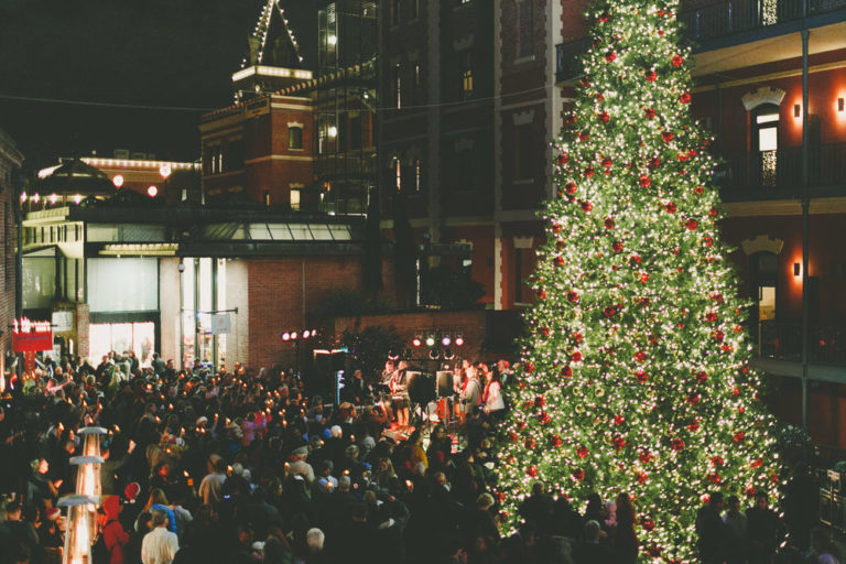 tree lighting at ghirardelli